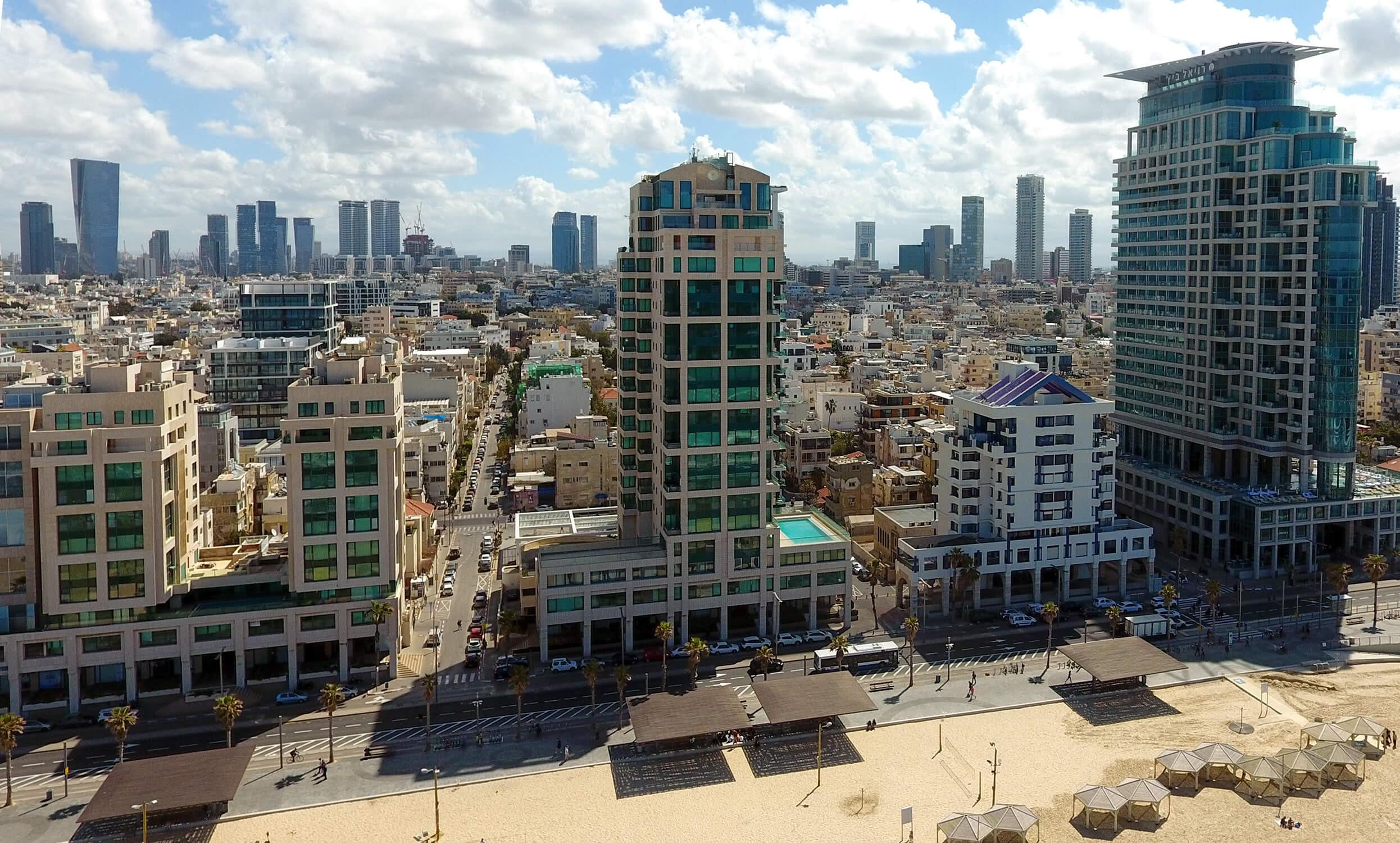 פנינת הים, תל אביב